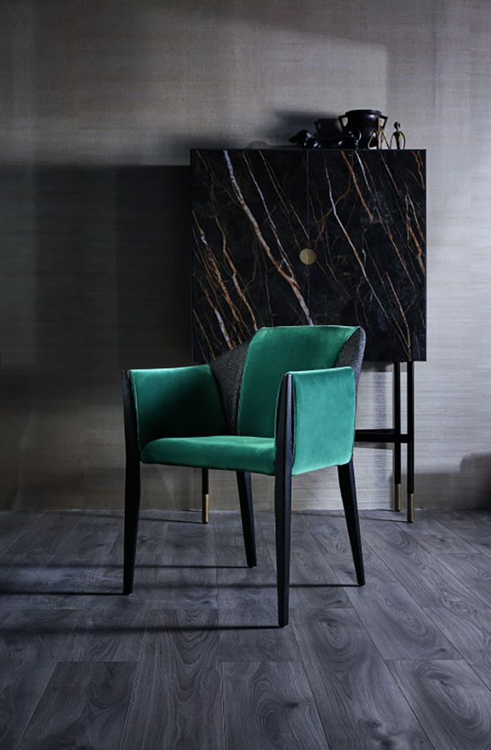 Az egyik olasz kedvencem, a Bontempi Casa kollekciójában található meg ez a gyönyörűséges szék.
