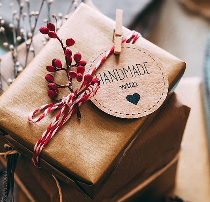 11 creative gift wrapping ideas for Christmas