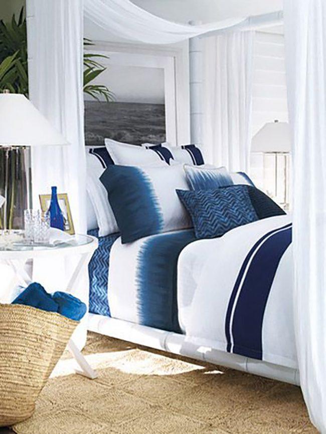 Ezt egyszerűen imádom, annyira nyárias ez a színátmenetes ágynemű. A baldachinos ágy is szuper megoldás.