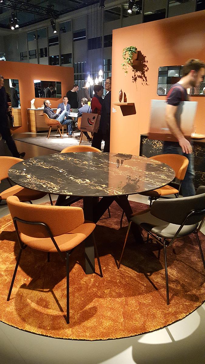 Étkező asztal és tálaló szekrény - Calligaris, https://www.calligaris.com/