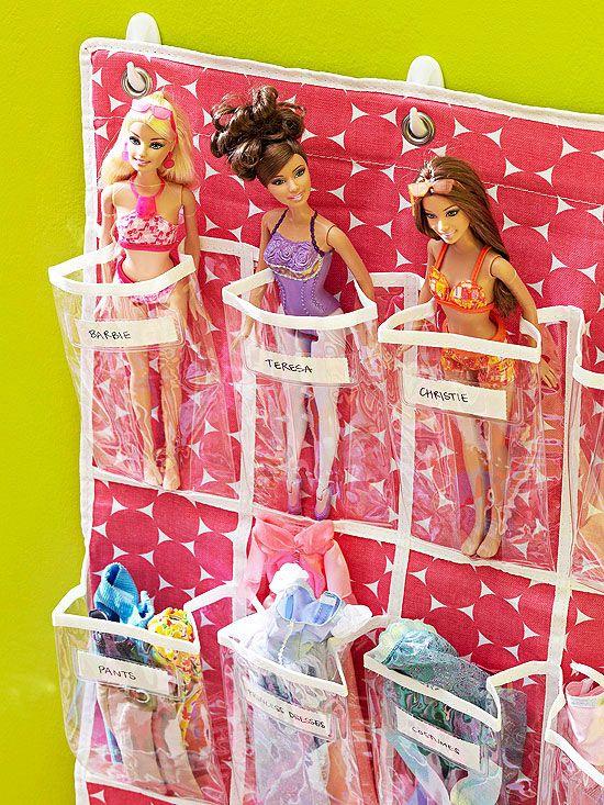 Barbie tároló egység, így a sok apróság nem vész el csak egy helyre szerveződik :-).