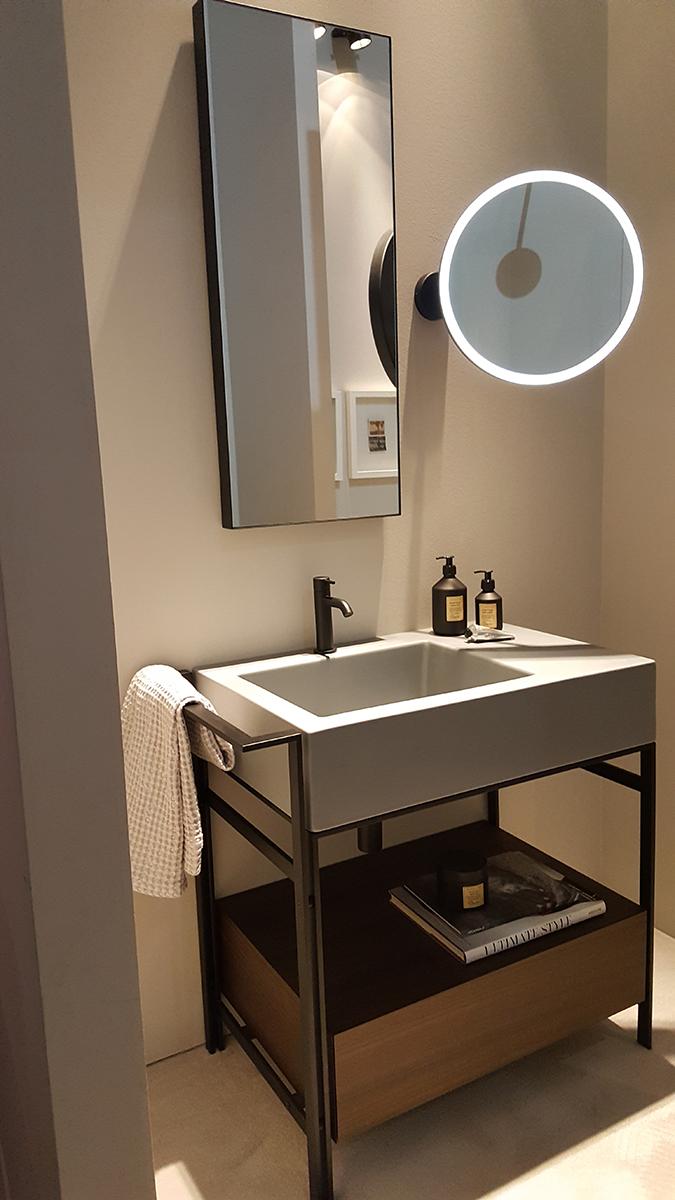 Fürdőszoba bútor szintén a Ceramica Cielo-tól.