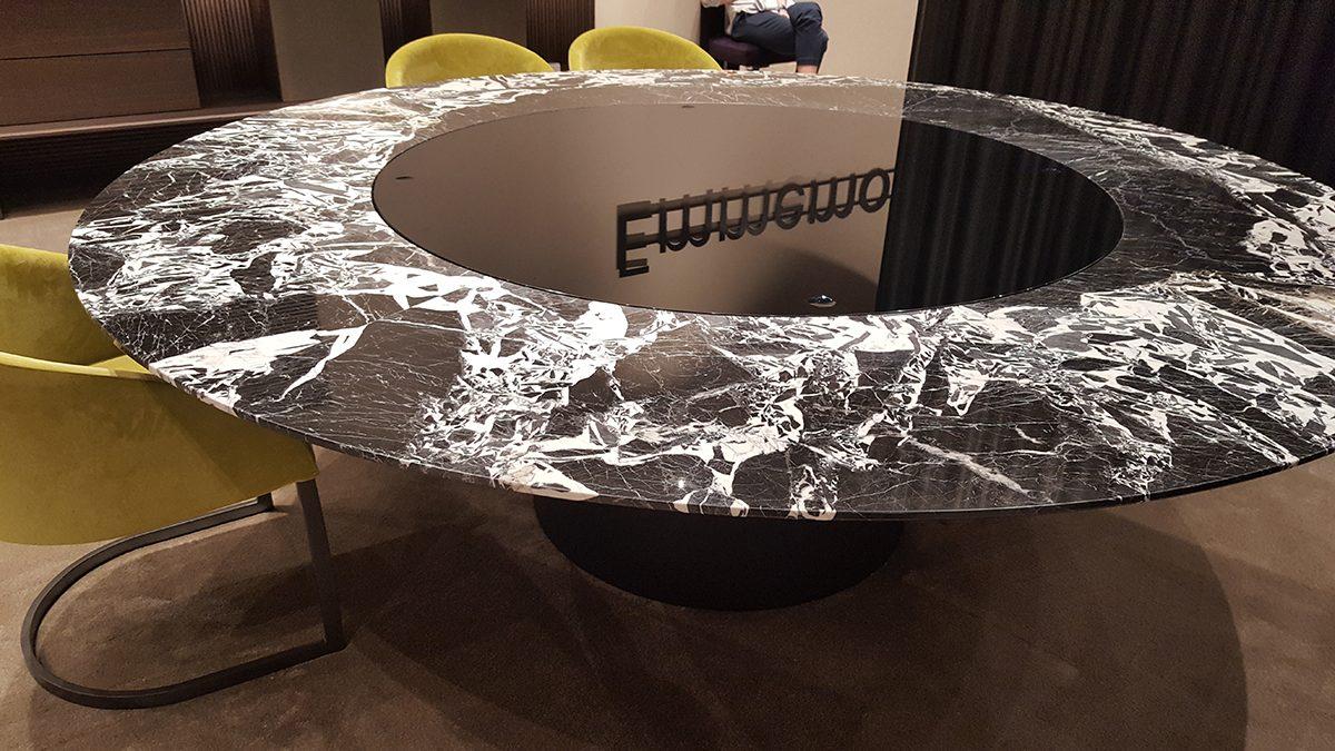 Étkező asztal - Emmemobili, http://www.emmemobili.it/