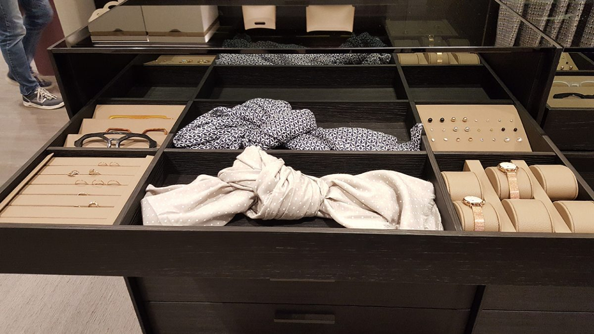 Former Busnelli - how to organise a drawer