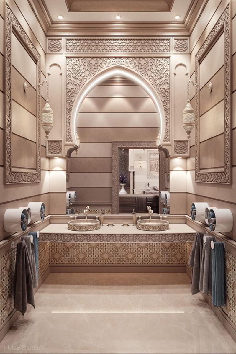 Ez szintén egy palotába való fürdő a bézs árnyalataival.